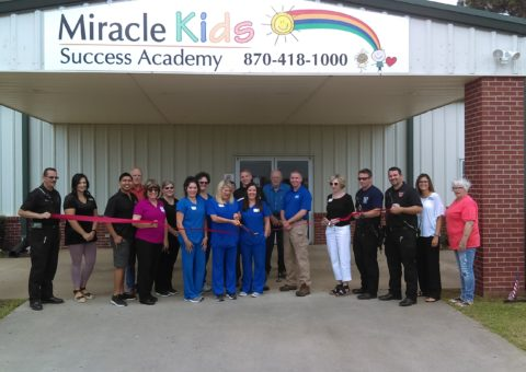 ribbon cutting at miracle kids success academy in trumann